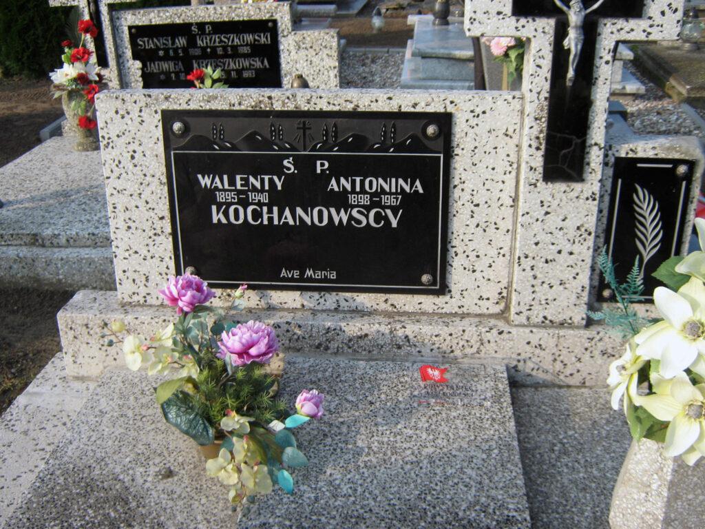 Antonina Kochanowska - cmentarz w Miłosławiu (autor zdjęcia: Remigiusz Maćkowiak)