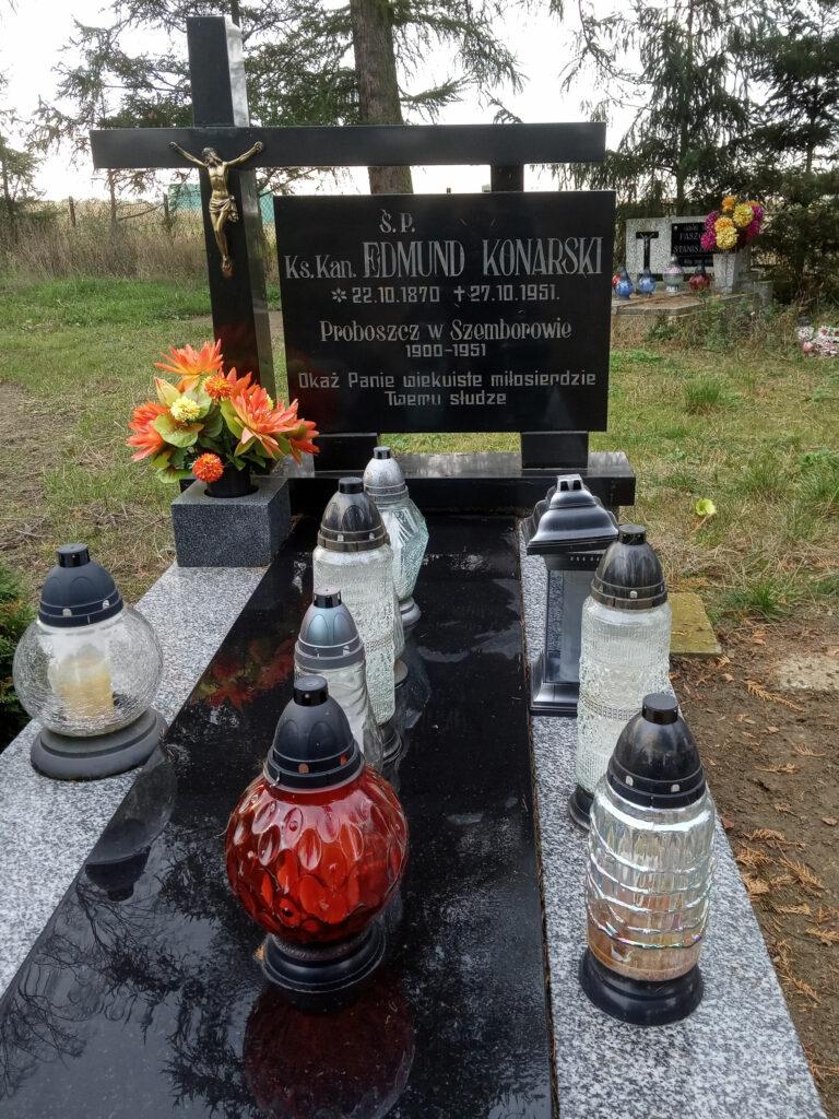 Grób ks. Edmunda Konarskiego - cmentarz parafialny w Szemborowie (zdjęcie udostępnił Remigiusz Maćkowiak)