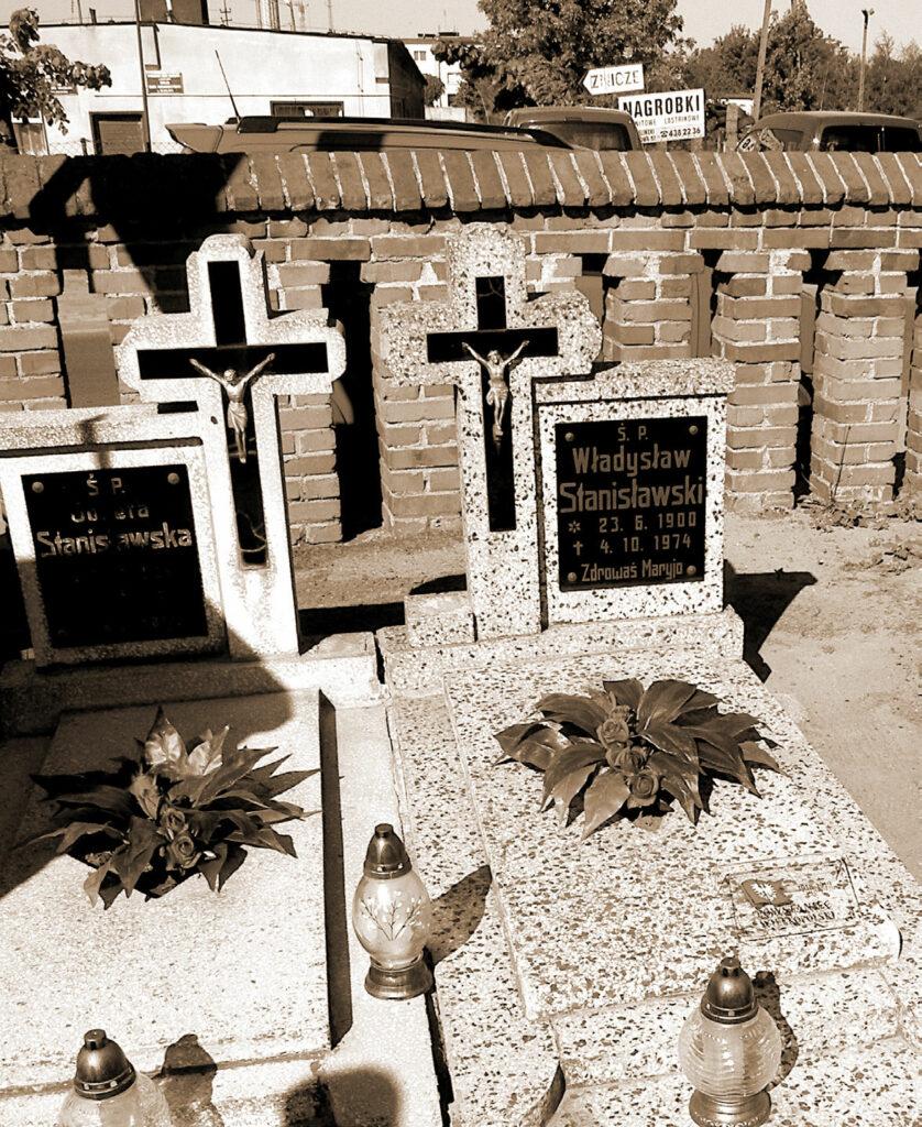 Nagrobek Władysława Stanisławskiego na cmentarzu w Miłosławiu.