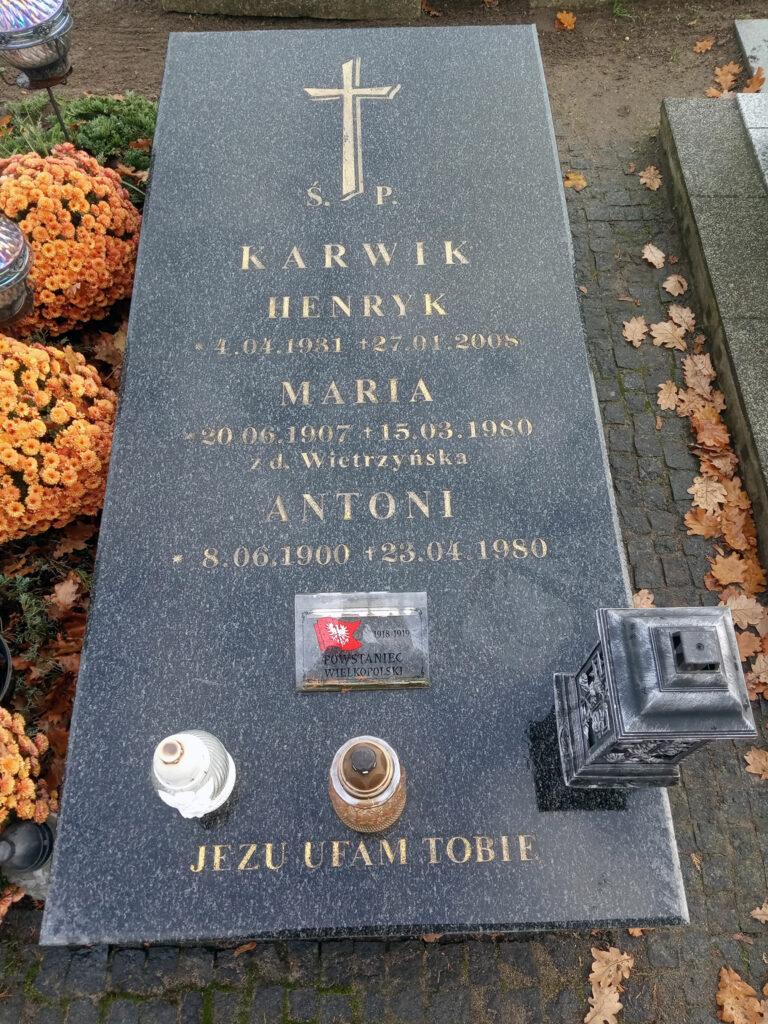 Antoni Karwig - cmentarz parafialny we Wrześni (zdjęcie udostępnił Remigiusz Maćkowiak)