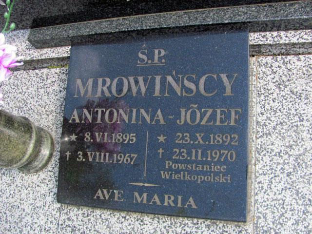 Józef Mrowiński - cmentarz parafialny Św.Krzyża w Gnieźnie (zdjęcie udostępnił Remigiusz Maćkowiak)
