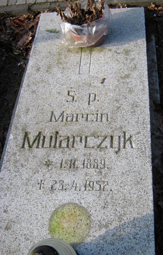Marcin Mularczyk  - cmentarz parafialny we Wrześni (zdjęcie udostępnił Remigiusz Maćkowiak)