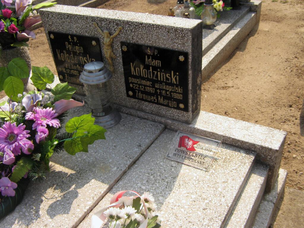 Adam Kołodziński - cmentarz parafialny w Winnej Górze (zdjęcie udostępnił Remigiusz Maćkowiak)