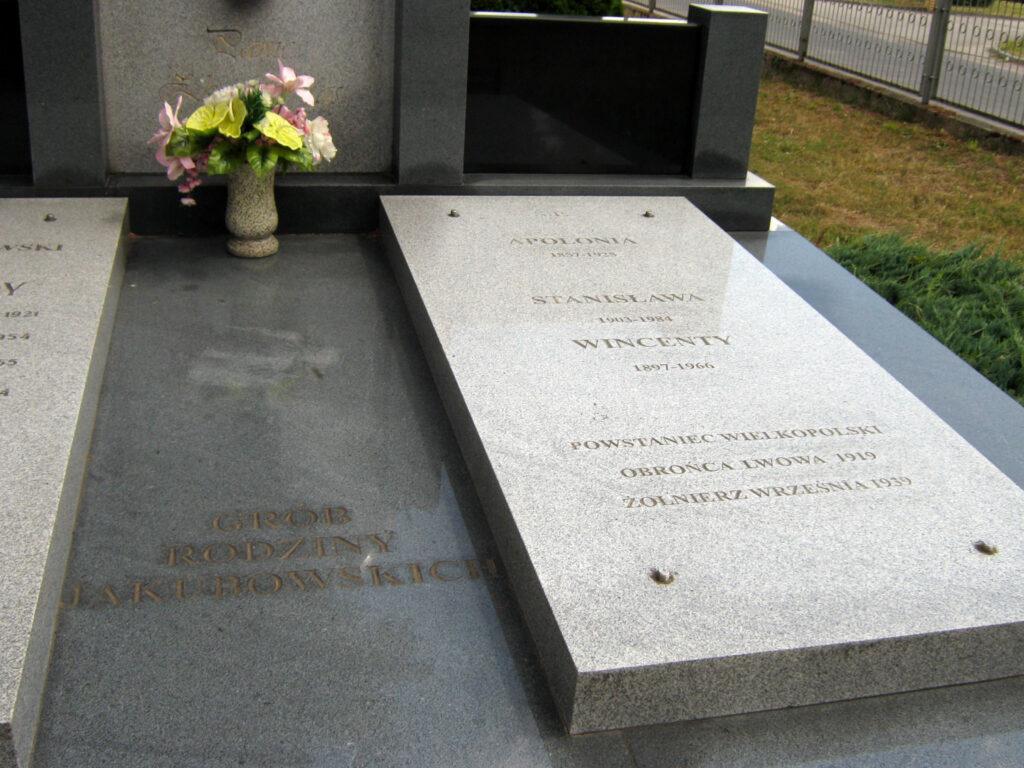Wincenty Jakubowski - cmentarz parafialny w Kaczanowie (zdjęcie udostępnił Remigiusz Maćkowiak)