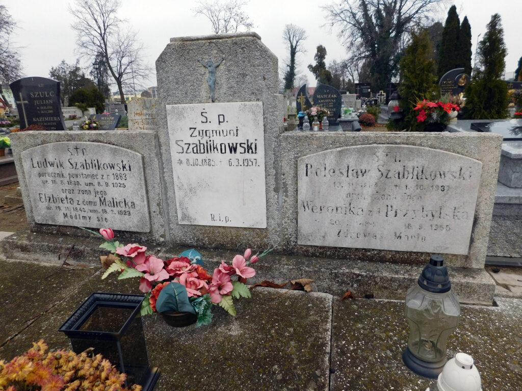 Zygmunt Szablikowski - cmentarz parafialny we Wrześni (zdjęcie udostępnił Remigiusz Maćkowiak)