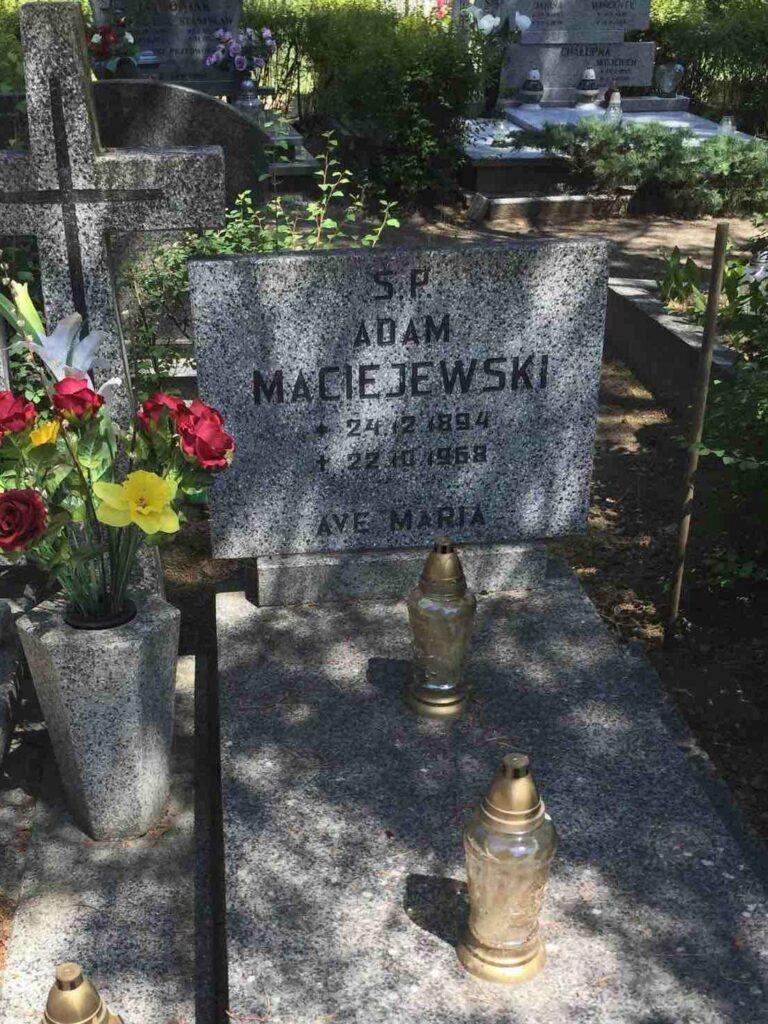 Adam Maciejewski - cmentarz komunalny na Miłostowie