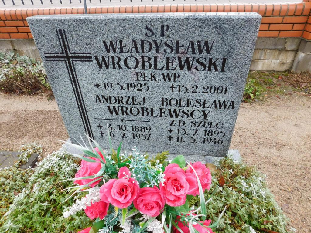Andrzej Wróblewski - cmentarz parafialny w Nekli. (zdjęcie udostępnił Remigiusz Maćkowiak)
