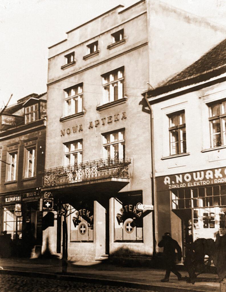 Nowa Apteka założona przez Ludwika Patyka (zdjęcie udostępnił Remigiusz Maćkowiak)