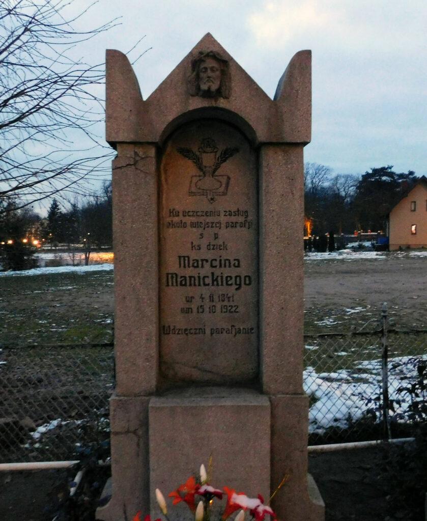 Marcin Manicki - cmentarz parafialny w Nekli (zdjęcie udostępnił Remigiusz Maćkowiak)