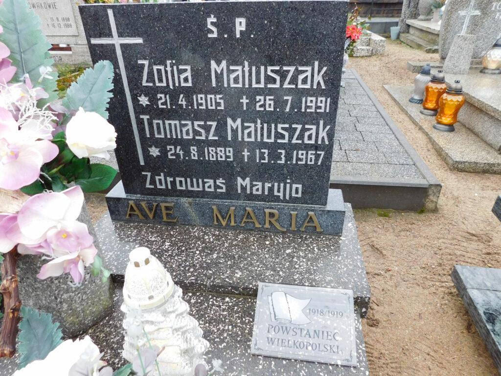 Tomasz Matuszak - cmentarz parafialny w Nekli (zdjęcie udostępnił Remigiusz Maćkowiak)