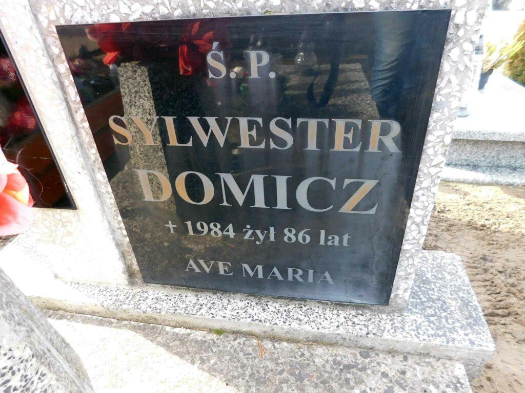Sylwester Domicz - cmentarz w Miłosławiu (zdjęcie udostępnił Remigiusz Maćkowiak)