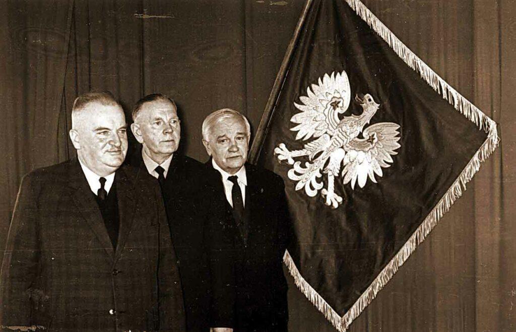 02.03.1969 - III Konferencja Sprawozdawczo-Wyborcza ZHP - weteranie wrzesińskiego harcerstwa, od lewej: Antoni Puzdrakiewicz, Władysław Sławski, Ignacy Pera