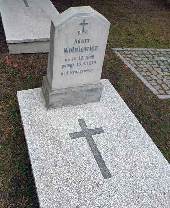 Adam Wolniewicz - cmentarz św. Wawrzyńca w Gnieźnie