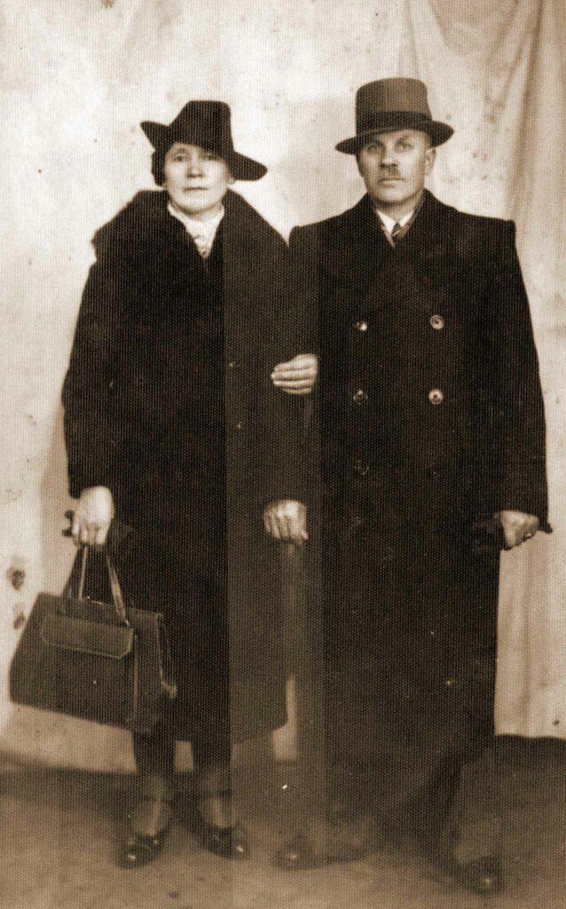 Tekla i Władysław Nowakowie (zdjęcie pochodzi ze strony http://historia.orzechowo.org/index.php/historia/powstanie-wielkopolskie/powstancy-wielkopolscy-z-orzechowa/)