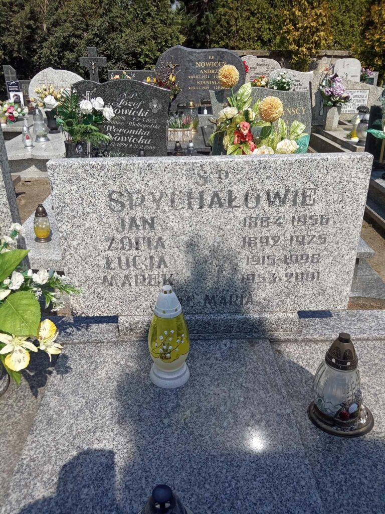 Jan Spychała - cmentarz parafialny w Strzałkowie (zdjęcie udostępnił Remigiusz Maćkowiak)