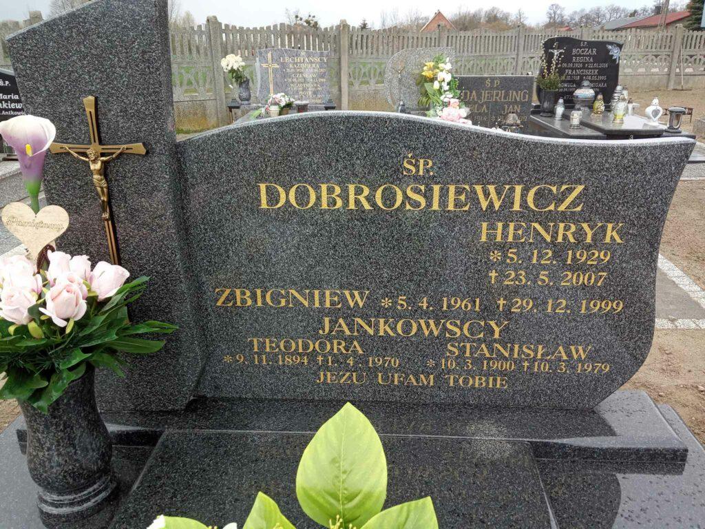 Stanisław Jankowski - cmentarz parafialny w Stawie (zdjęcie udostępnił Remigiusz Maćkowiak)