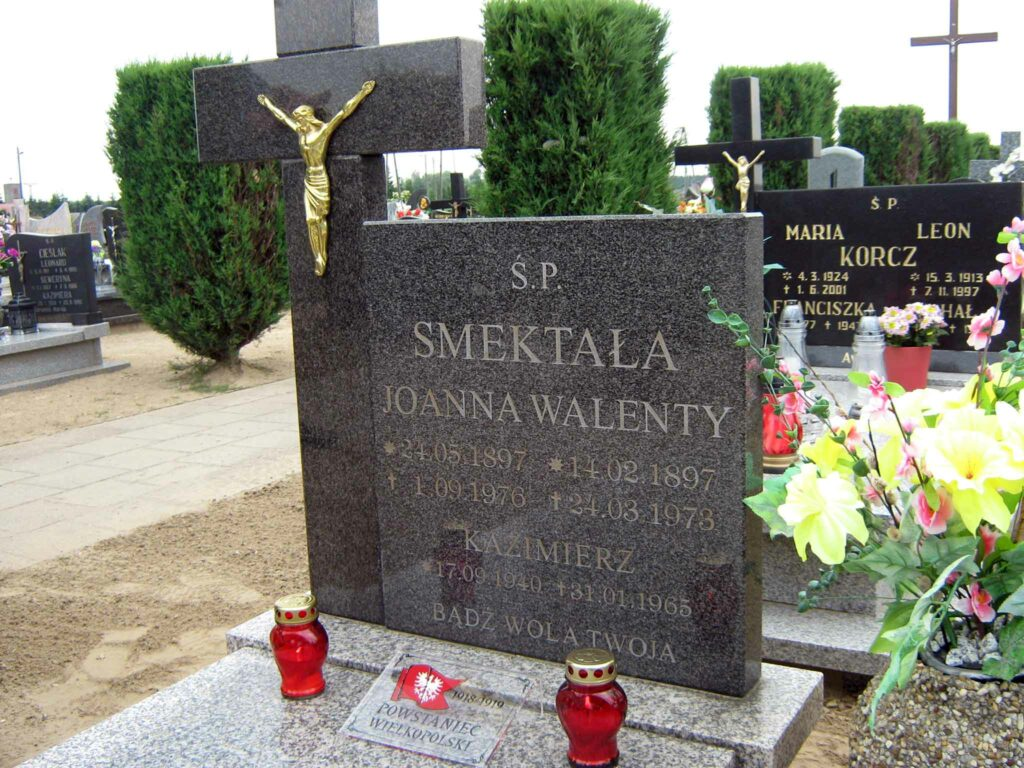 Walenty Smektała - cmentarz parafialny w Orzechowie