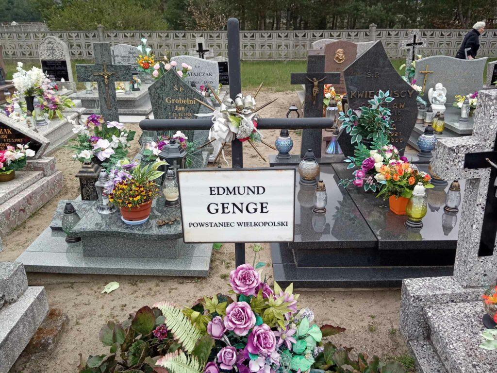 Edmund Genge - cmentarz parafialny w Czeszewie (zdjęcie udostępnił Remigiusz Maćkowiak)