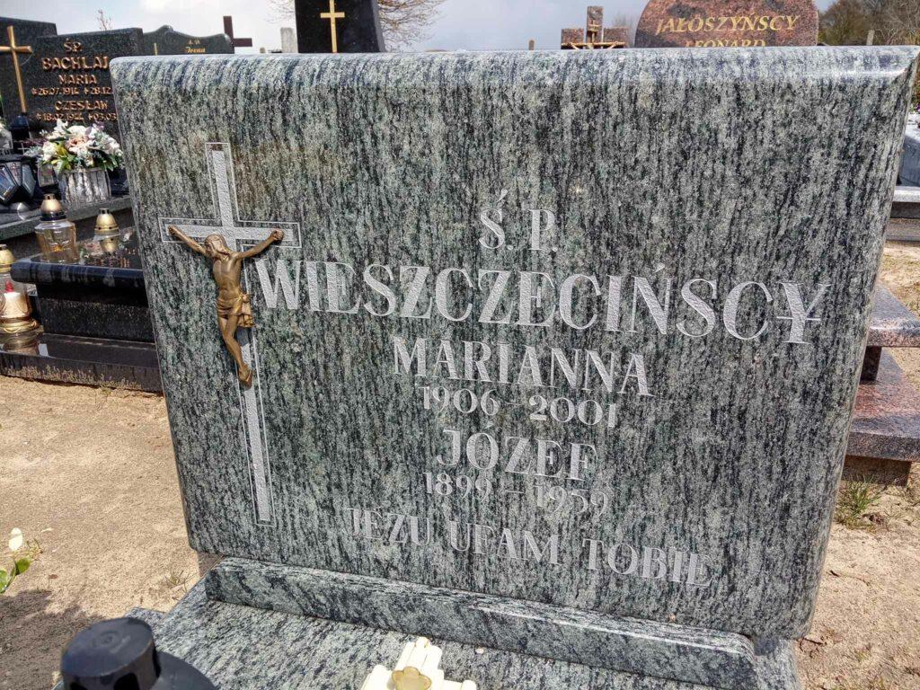 Józef Wieszczeciński - cmentarz parafialny w Gułtowach (zdjęcie udostępnił Remigiusz Maćkowiak)
