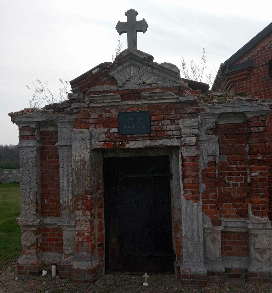 Zygmunt Mikulski -  cmentarz parafialny w Stawie (zdjęcie udostępnił Remigiusz Maćkowiak)